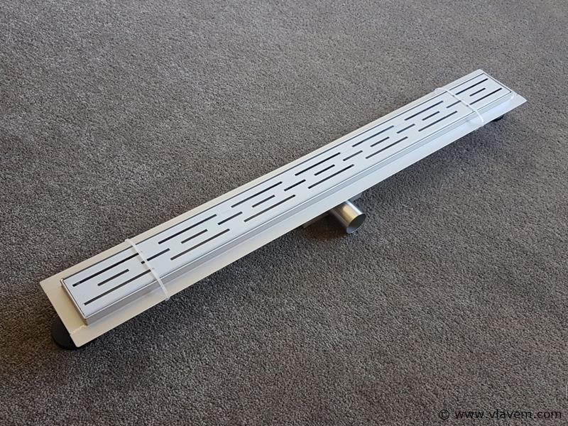1 st. 60cm RVS Douchegoot design - Streep gaten