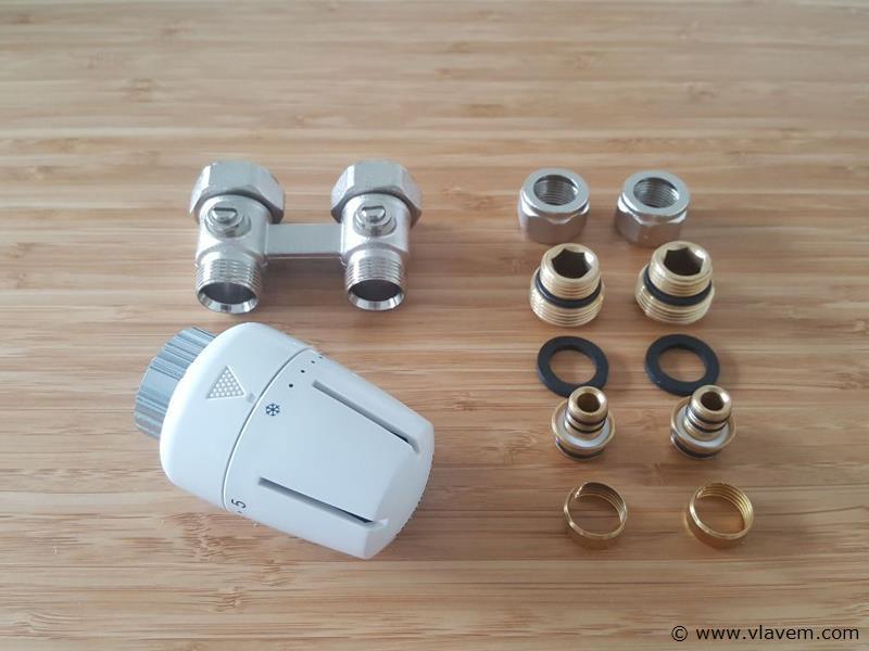 1 st. Thermostatische H-Block kraanset uit vloer (recht) -  Voor Radiatoren T22 en T33
