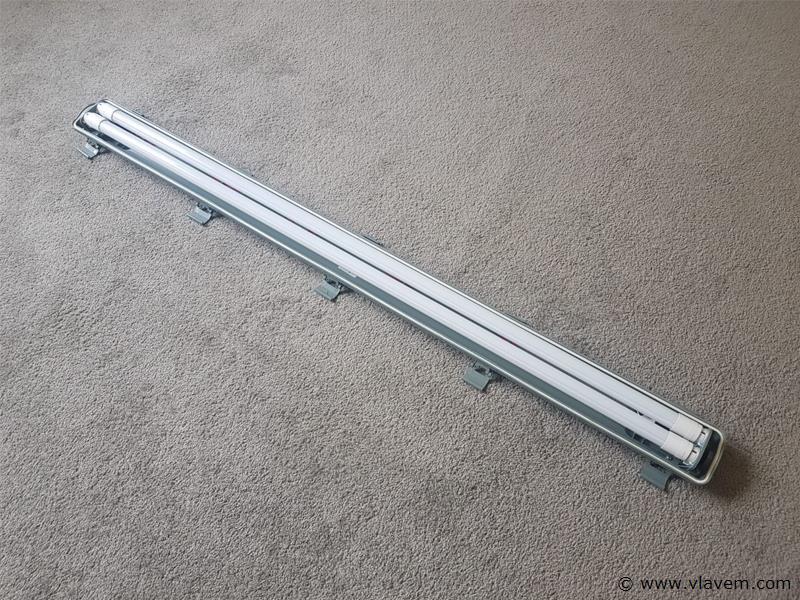 6 st. Polycarbonaat deksel met dubbele LED TL Lampen