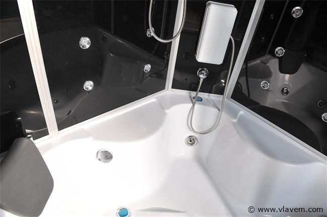 Stoomcabine met massagebad