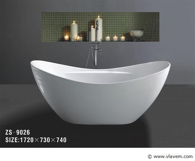 1 persoons vrijstaand bad, 172x73cm.