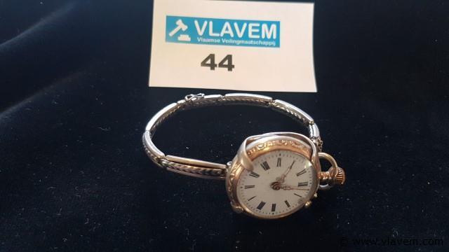 Zakhorloge (niet werkend) met zilveren 800. armband