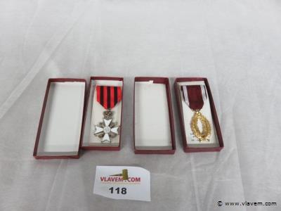 Medailles, 2 stuks