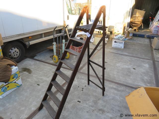 Antieke houten ladder 7 treden