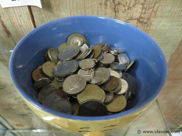 Diverse munten, groot lot in 2 potten