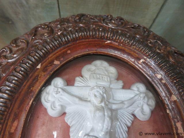 Antieke kader met glas en kruis, 24x28cm