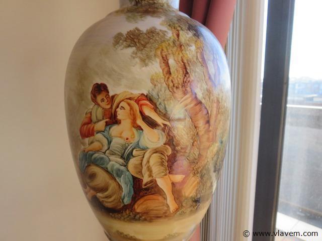 Antieke porseleinen lamp, geplakt, 96cm