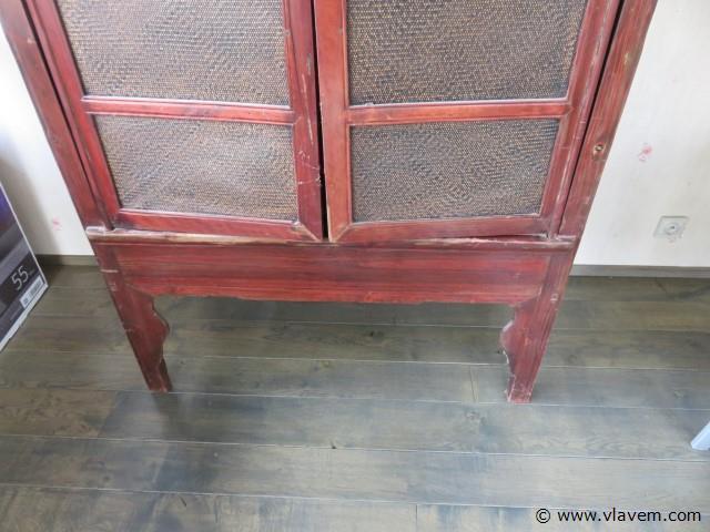 Chinese kast met 2 deuren
