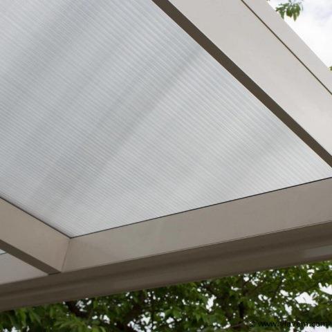 Terrasoverkapping, Aluminium créme wit met polycarbonaat dak, helder, vlak