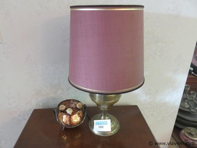 Varia lampje en potje (living)