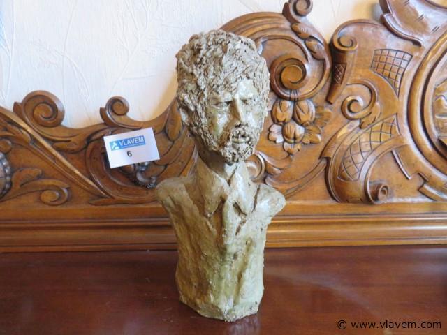 Beeld aardewerk 29cm