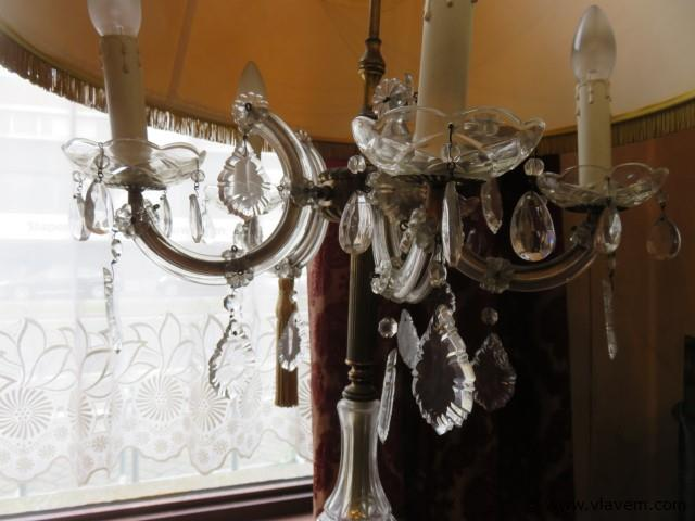 Antieke staanlamp met belletjes 170cm