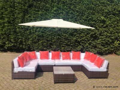 Lounge set met parasol