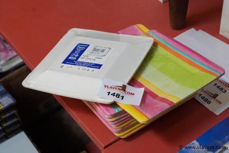 Wegwerpdessertbordjes in karton