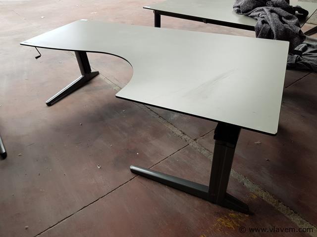 Buro's en tafels