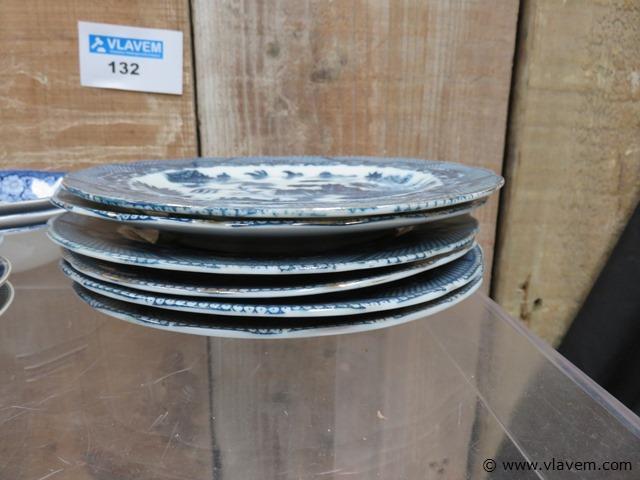 Oude borden, 14 stuks