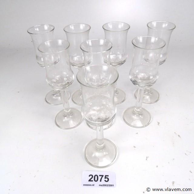 7 glazen met geëtste versiering