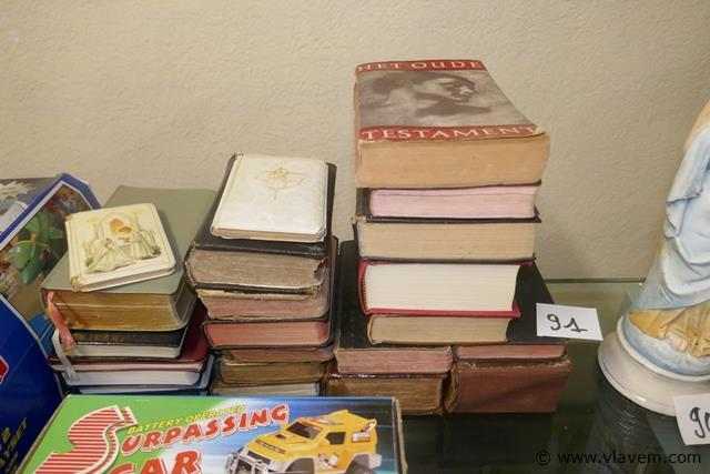Kerkboeken en testamenten