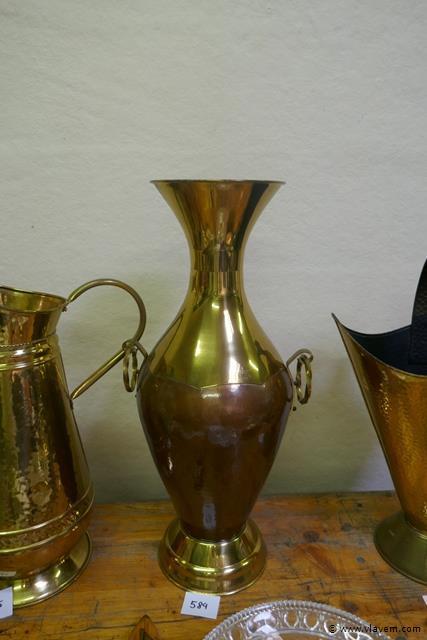 Vaas in rood en geel koper