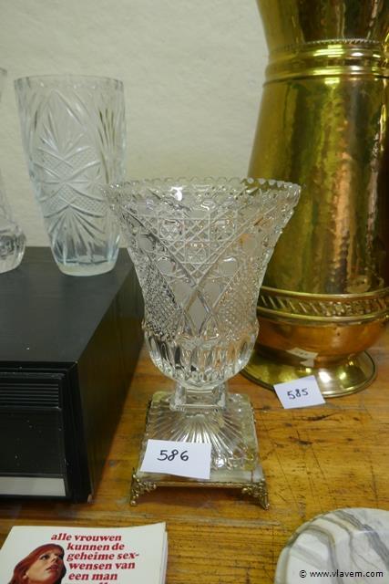 Vaas in half kristal