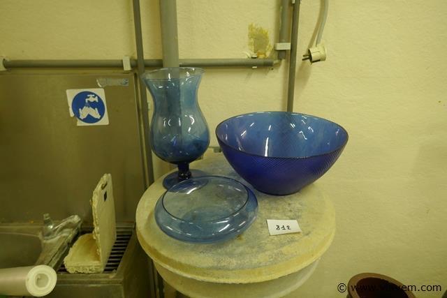Decoratie in blauw glas
