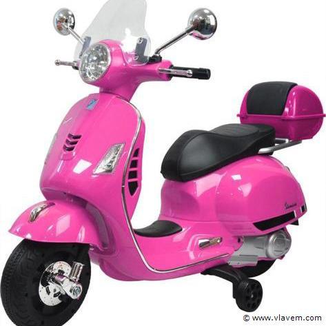 Elektrische Vespa GTS scooter voor kinderen. Kleur Roze