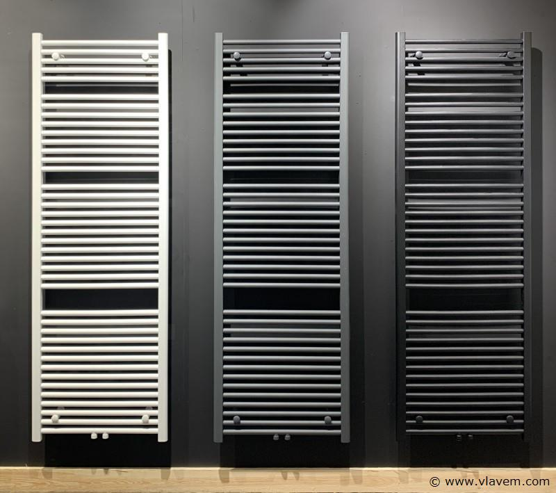 1 st. Handdoekradiator MAT ANTRACIET Afm. H1600xB600 761 Watt