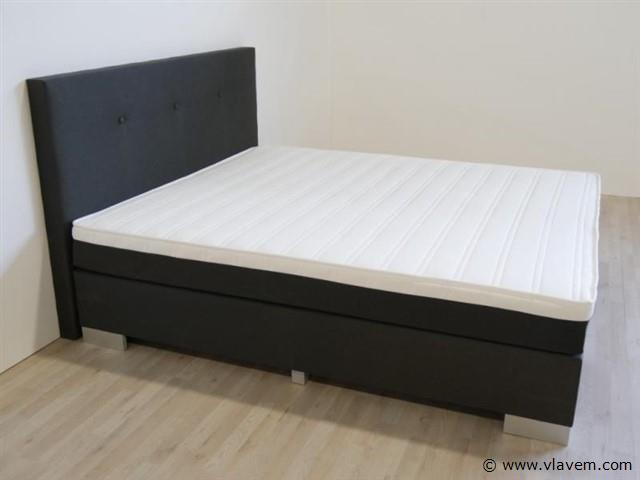 Boxspring Miami 3.0 de luxe, 140x200 cm, zwart