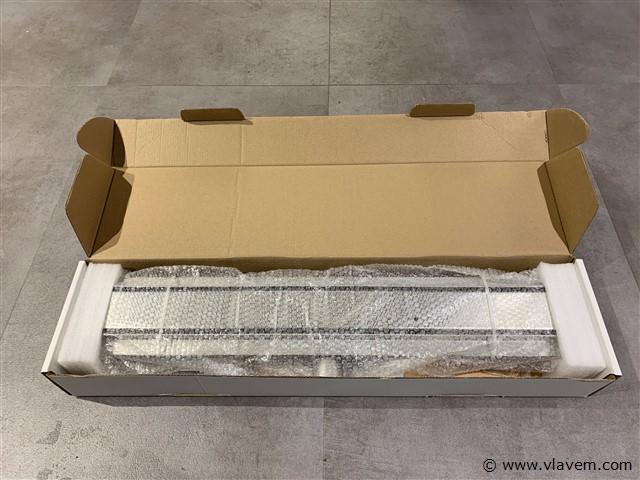 1 st. RVS Douchegoot design met gesloten rooster - 80 cm