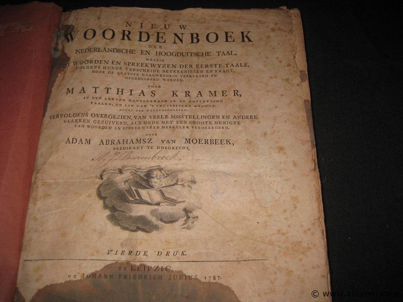 Zeer oud boek van jaar 1787