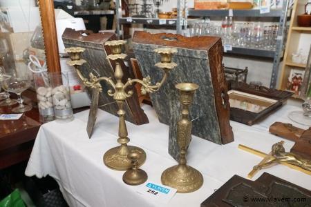 Kandelaars in koper en brons