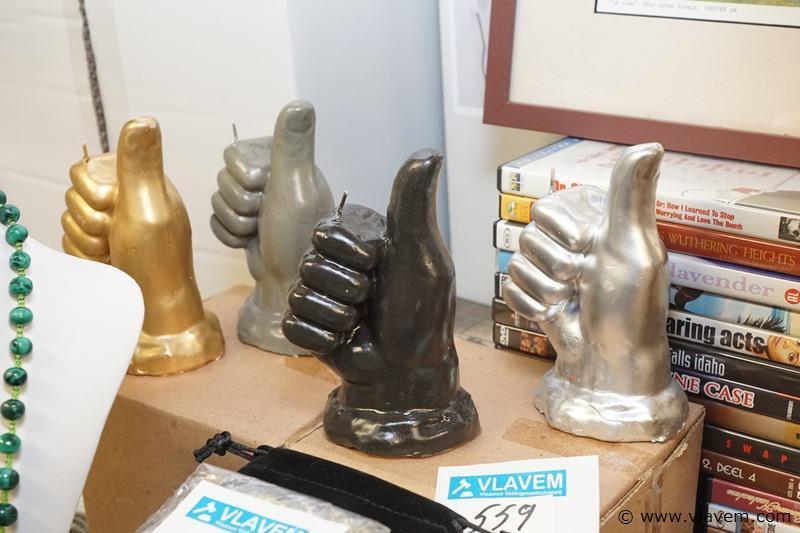 Kaars in handvorm