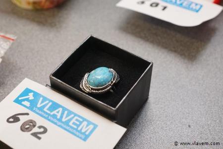 Zilveren ring met Lapis steen