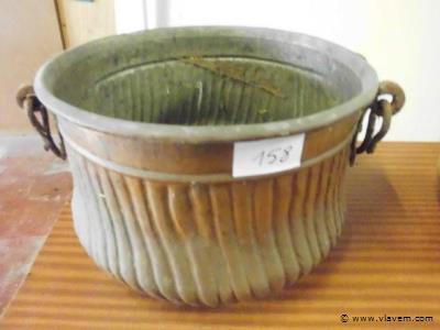 antieke koperen ketel