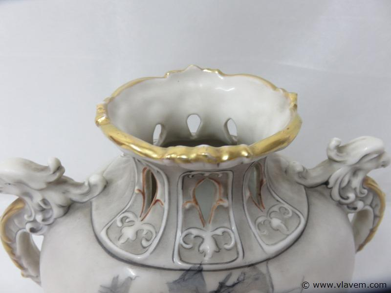 Antieke vaas Royal Dux