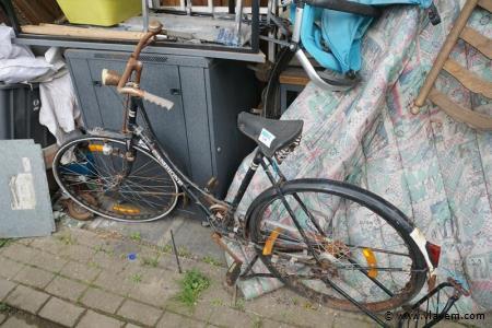 Oude fiets merk champione voor opmaak