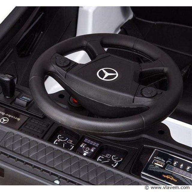 Mercedes elektrische kinderwagen