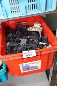 Plastiekbak met diverse benodigdheden