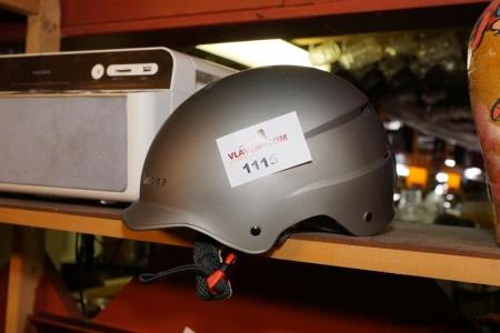 Snowboard helm