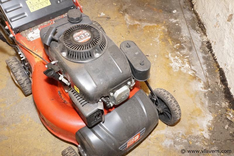 Grasmachine merk Sandri Garden 935 (niet getest)