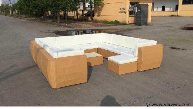 Lounge set, beige vlechtwerk